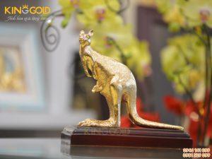 Tượng đồng con chuột túi Kangaroo- biểu tượng của nước Úc